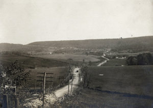 Nearing Grand View, Pa., from the east. (Courtesy Lincoln Highway Association)
